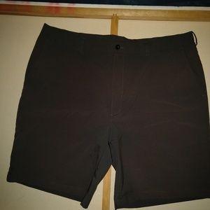 PGA Tour Men's Golf Shorts Size 42